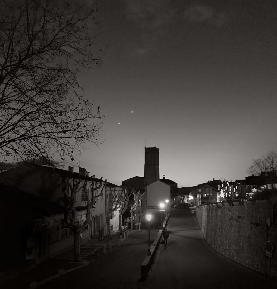 Fayence By Night
